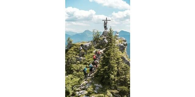 Gemeinsame Gipfelerlebnisse schweißen zusammen. Foto: A.L.M: