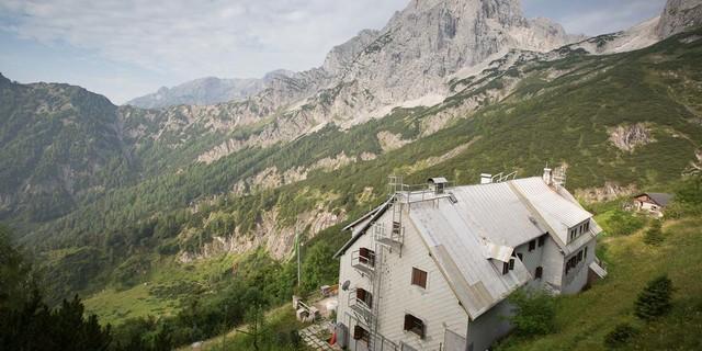 Totes Gebirge: Rechts der Spitzmauer zieht der Weg durch die Klinserschlucht zum Prielschutzhaus. Foto: Iris Kürschner