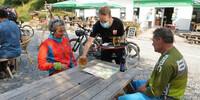 Stärkung am Campingplatz von Ouren im Dreiländereck Luxemburg-Belgien-Deutschland. Foto: Traian Grigorian