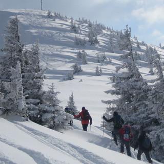 Das Riedberger Horn, ein beliebter Skitourenberg im Allgäu.
