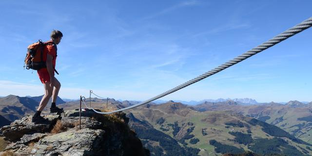 Am Pinzgauer Gipfelgang ist der Hochsaalbachkogel die anspruchsvollste Passage. Foto: Andi Dick