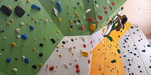 Die Halle bietet 650 Quadratmeter fürs Seilklettern, Foto: DAV Kletterzentrum Neumarkt