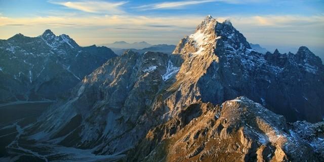Südspitze mit Flanke ins Wimbachtal. © Luftbild Jörg Bodenbender