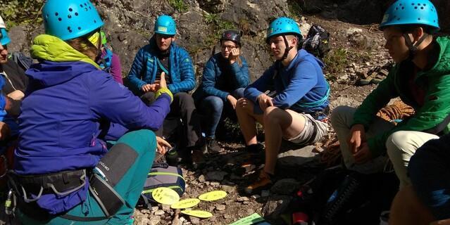 lernen und reflektieren beim Klettern, Foto: JDAV/Stefan Minnich