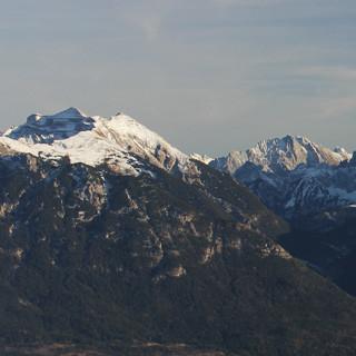 Ab ca 1800 Metern (wie hier am Wank) muss man derzeit mit Schnee rechnen. Foto M. Pröttel