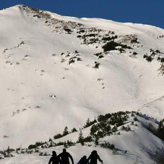 Skitour zum Steinmannl - Vergnügen in Aussicht: Frühmorgens geht's los zum Steinmannl.