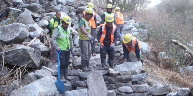 Wegearbeiten in hochalpiner Lage, Foto: G. Amor