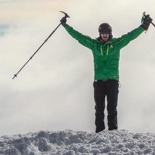 Michael Teuber auf dem Gipfel des Chimborazo, Foto: DAV Summit Club