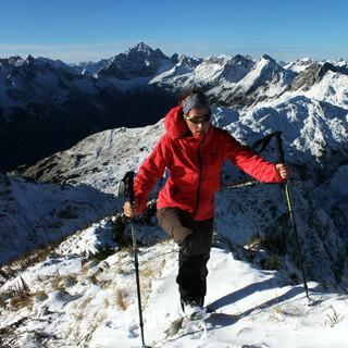 In den Hochlagen muss man (wie hier an der Roten Spitze) ab Samstag mit einer geschlossenen Schneedecke rechnen. Foto: DAV/ M. Pröttel
