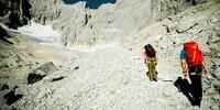 Moränengelände - Der Zustieg zum Gletscher führt durch eine Moränenlandschaft und zieht sich in die Länge. Wer hier weitergeht, braucht noch genügend Kraft und Ausdauer für weitere 700 Höhenmeter.