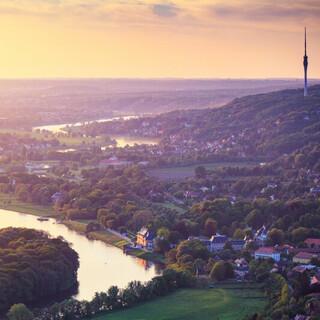 Blick ins Dresdner Elbland. Foto: ddpix.de (DML-BY)