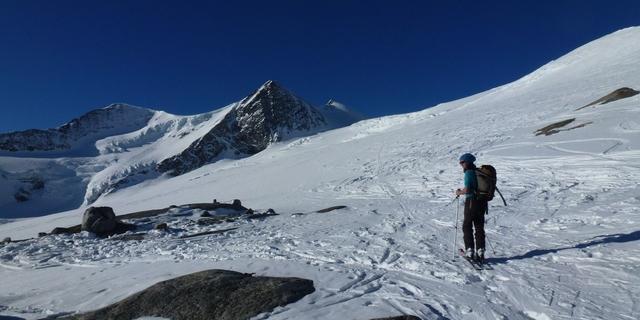 Auch die Hüttenwirtin macht bei idealen Bedingungen einen Ausflug, Foto: Wilfried Studer