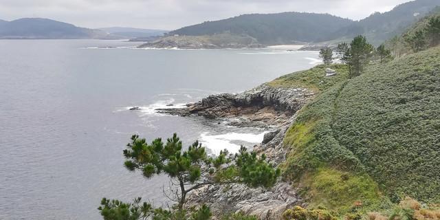 Nicht immer ist der 200 Kilometer lange Küstenpfad so gut erkennbar wie hier. Foto: Eberhard Neubronner