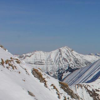 Mit Ansteigen der Temperaturen zum Wochenende sind nordseitige Touren wie hier der Roter Stein eine gute Idee (Foto Pröttel)