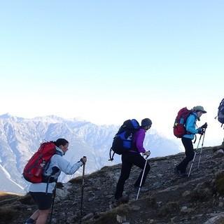 Schülergruppe aus Simbach beim Aufstieg