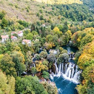 Das Dorf Martin Brod in Bosnien und Herzegowina. Foto: Patagonia