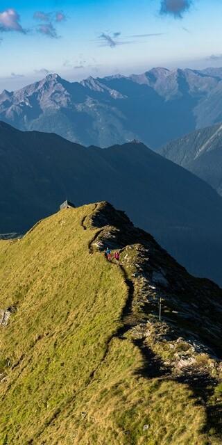 Unterwegs auf dem Tauernhöhenweg, Foto: Franz Gerdl
