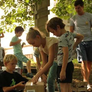 Wie bauen die Kinder ihre Phantasieberge?, Foto: JDAV/Britta Zwiehoff