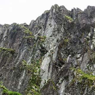 Alpiner Hauch - Der Gillercomb Nordostpfeiler ist steil, griffig und von wildem Ambiente – aber nur bei trockenem Wetter zu empfehlen.