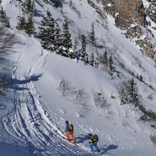 Anstieg auf den Leobner, einer der beliebtesten Skitourenberge im Johnsbachtal. Foto: Stefan Herbke