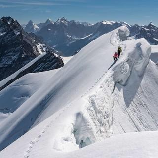 Berner-Alpen-Doldenhorn-am-Grat-Ralf-Gantzhorn