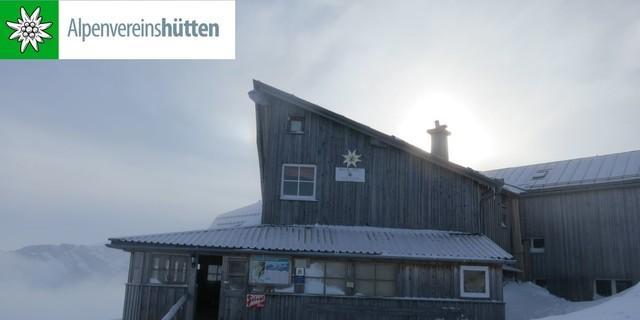 Simonyhütte im Winter, Foto: Christoph Mitterer