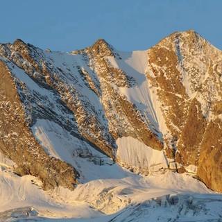 Der Hochfeiler ist der höchste Gipfel der Zillertaler Alpen, Foto: Stefan Herbke