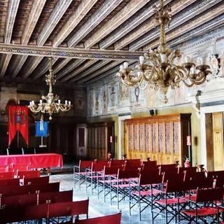 Im altehrwürdigen Rathaussaal von Feltre ging Carlo Goldoni seiner Arbeit als Sektretär nach. Foto: Joachim Chwaszcza
