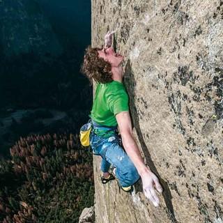 """Adam Ondra in der """"Dawn Wall"""", Foto: H. Zak"""