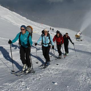 Skitouren auf Pisten Foto: DAV/Manfred Scheuermann
