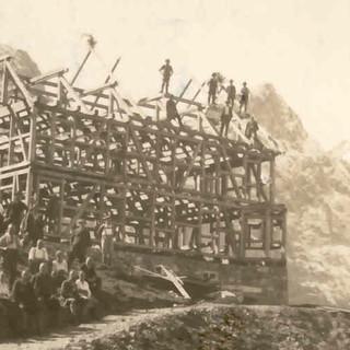 Richtfest der Falkenhütte. Archiv des DAV, München