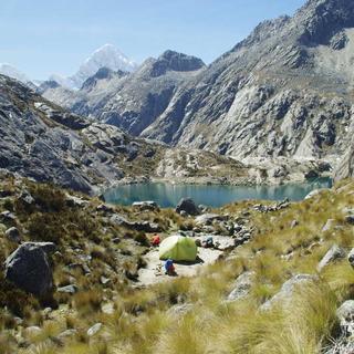 Wassertanken in der Cordillera Blanca. Foto: Bernhard Ertel