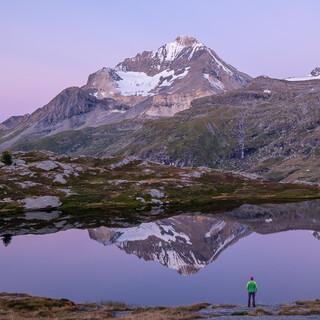 Doch sie ist nicht der einzige schöne Berg: Der Dent Parrachée, hier über dem Lac Blanc, ist auch nicht übel. Foto: Iris Kürschner