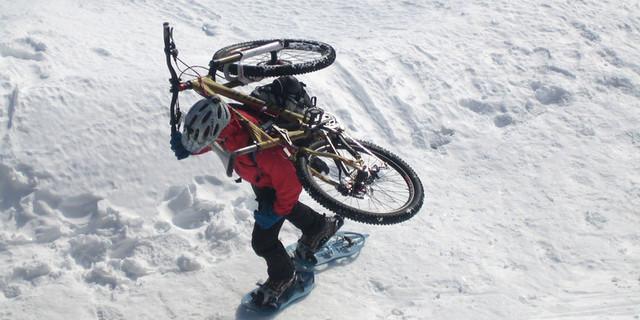 Schneeschuh & Bike? - Warum immer per Ski? Wo es doch auch alternative Sportarten gibt…