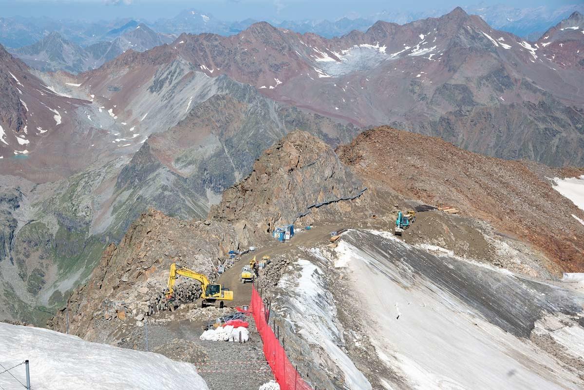 Pitztal-Bauarbeiten-am-Gletscher-WWF-Vin