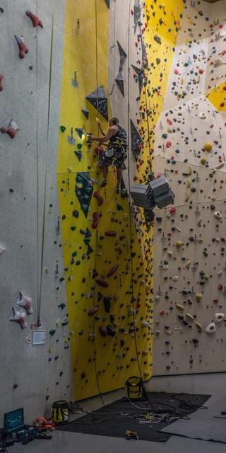 Die Aufgaben in Kletterhallen sind breit gefächert. Foto: Orgasport/Tom Lindinger