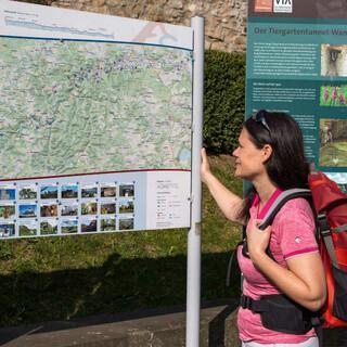 Zahlreiche Schilder erleichtern de Orientierung. Foto: DAV/Klaus Herzmann
