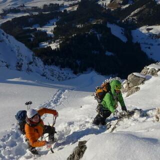 Das Nachwuchscamp Winterbergsteigen findet im Allgäu statt. Foto: Dörte Pietron