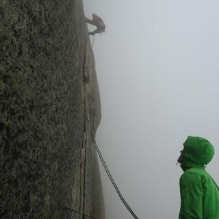 Trübes Wetter an der Teufelstalwand. Foto: Fritz Miller