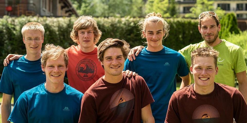 Der neue Expedkader Männer mit Trainer Fritz. Foto: DAV / Silvan Metz
