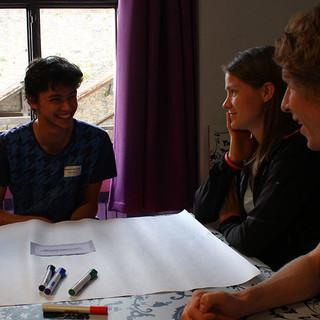Motivierter Austausch in Kleingruppen - Foto: JDAV/Simon Keller