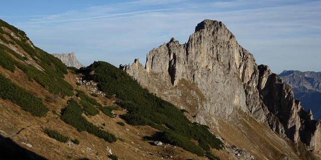 Schwarzenstein voraus: Aufstieg auf dem fantastischen Eisenerzer-Alpen-Kammweg unter dem Stadelstein. Foto: Axel Klemmer