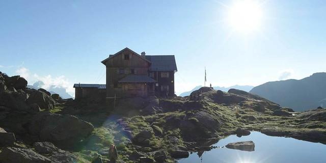 Der Tag ist noch nicht zu Ende: weiter geht's von der Bremer zur Nürnberger Hütte. Foto: Stefan Herbke