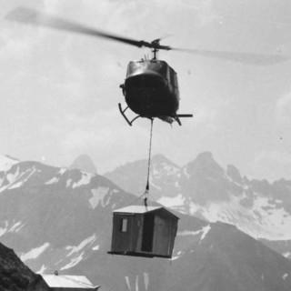 Höfats-Biwak im Anflug (Allgäuer Alpen), 1969. Archiv des DAV, München