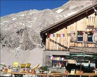 Der Vorher / Nachher Vergleich von der Totalphütte ist erschreckend, Foto: DAV Vorarlberg