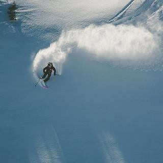 Skitour-Abfahrt-Powder