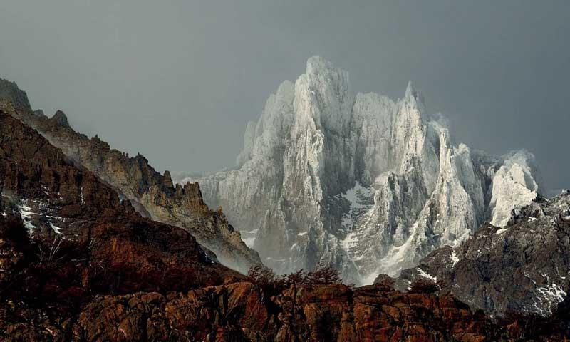 Punta Bariloche (Patagonien) - Westseite der Punta Bariloche am Paine Grande, Nationalpark Torres del Paine, Patagonien   Foto: Ralf Gantzhorn
