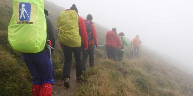 Gut ausgerüstet und vorbereitet konnte der Gruppe auch schlechtes Wetter nichts anhaben. Foto: Sascha Mache