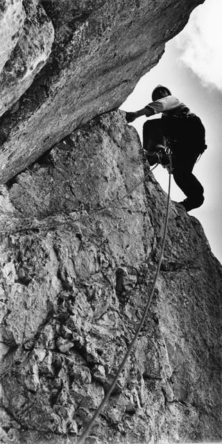 Reinhard Karl fotografierte Helmut Kiene bei der Erstbegehung der Pumprisse und verhalf damit der Tour zu Aufmerksamkeit. Foto: DAV-Archiv, Reinhard Karl