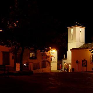 Abendstimmung: In Orten wie Capileira braucht man nicht auf die Suche nach Luxus zu gehen. Foto: Josef Schlegel